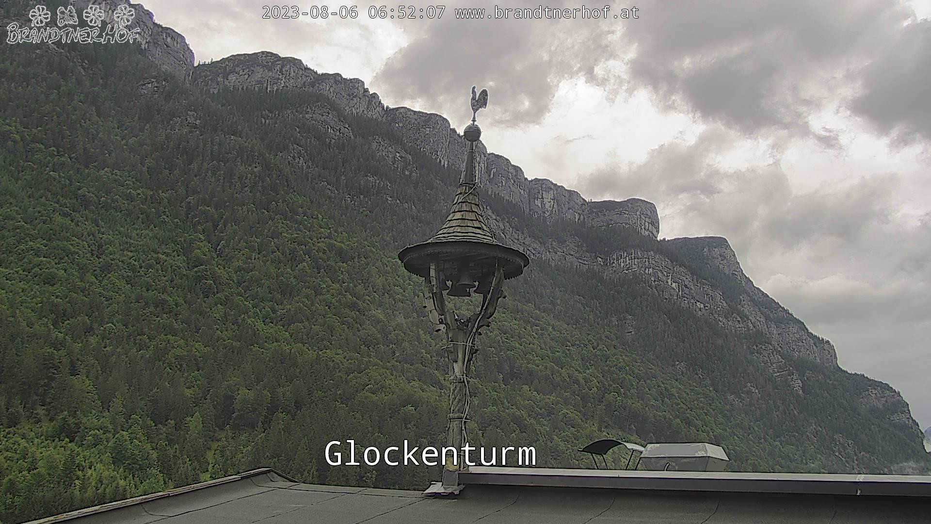 Aktuelles Bild aktiver Glockenturm vom Brandtnerhof aus Waidring